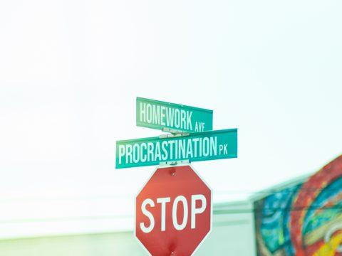 Vous travaillez encore ou vous procrastinez ?